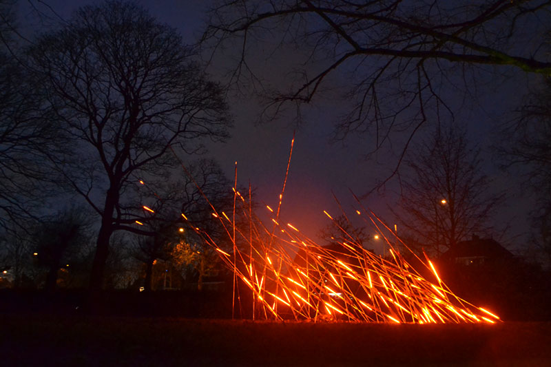 fluxit, winterlicht, schiedam, 2019, ligthart, fire, lightsculpture, led